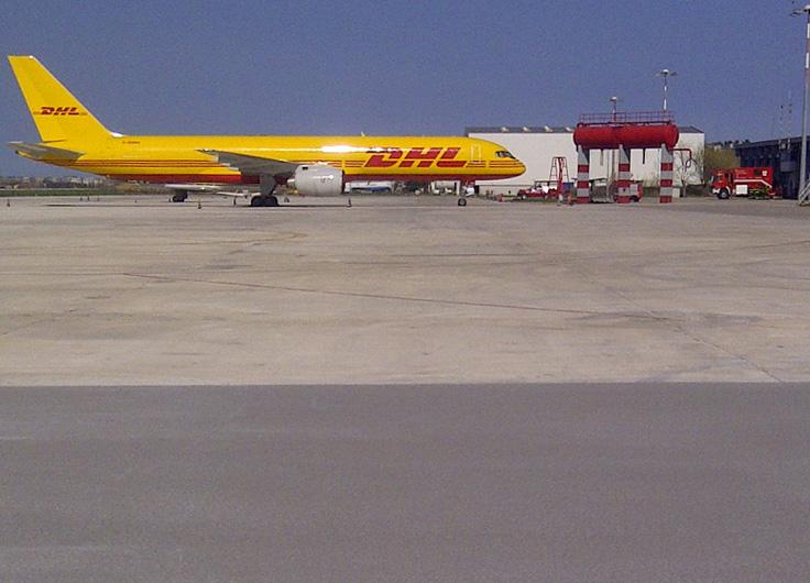 Riqualificazione area di sosta aeromobili postali - Aeroporto di Falconara (AN)